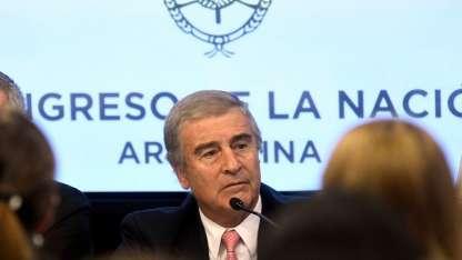 El ministro de Defensa, Oscar Aguad, durante su informe a la comisión bicameral.