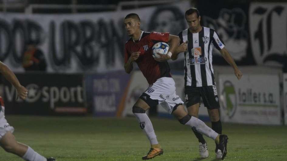 Gimnasia empató con Central Córdoba y se juega el ascenso en la última fecha