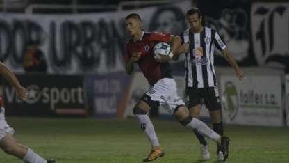 Palacios Alvarenga convirtió el empate de penal.