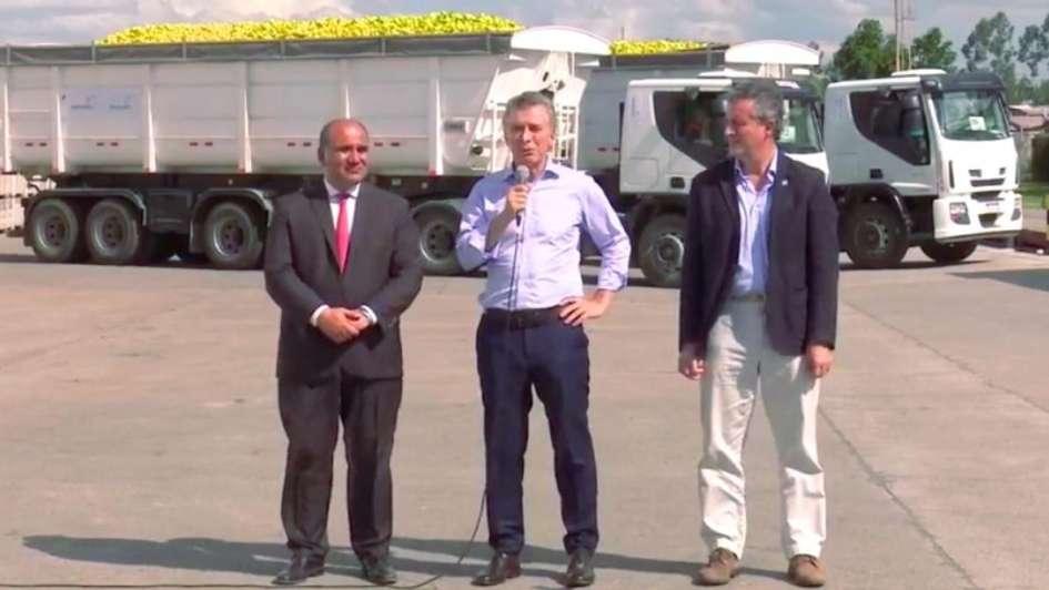 Macri llega para presenciar el primer embarque de limón a Estados Unidos