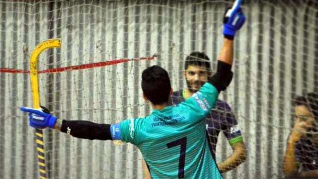 Pablo González festeja. El bombardero de Talleres marcó 4 tantos.