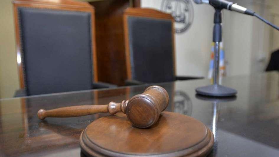 Absolvieron a un acusado de violación porque la víctima es obesa