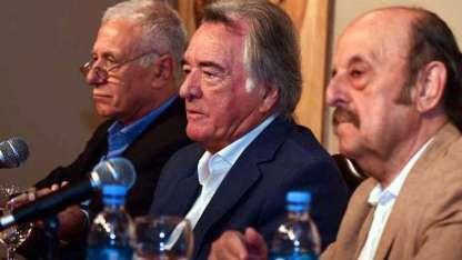 Carlos Campolongo (prensa), Luis Barrionuevo y Julio Bárbaro (coordinador).