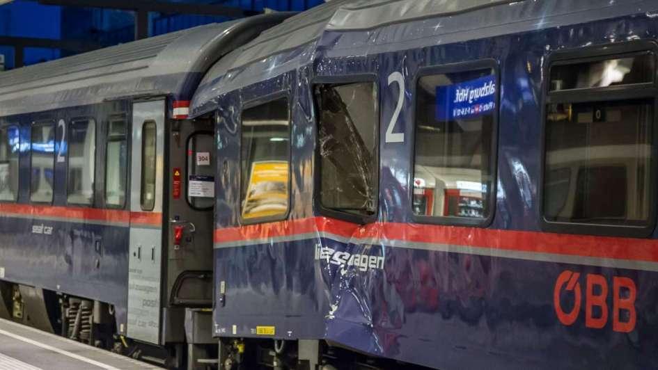 Deja 54 heridos choque de trenes en Austria