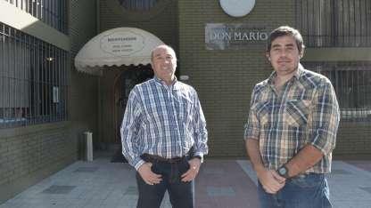 Daniel Acosta y Marcelo Ferrari, dueños de una de las parrillas más tradicionales de Mendoza.