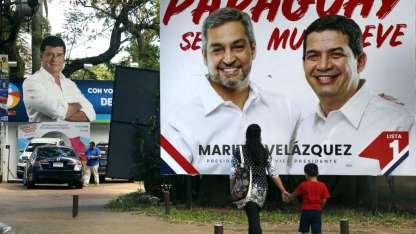 Las calles de Asunción, con abundante propaganda. Pueden votar 4,2 millones de ciudadanos.