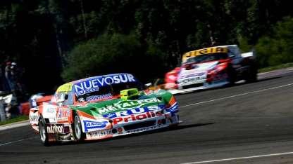 """""""Pinchito"""" Castellano logró un gran tiempo con un auto pesado."""