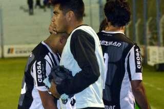 La oportunidad perdida en Río Cuarto dejó a los jugadores del Lobo sin consuelo.