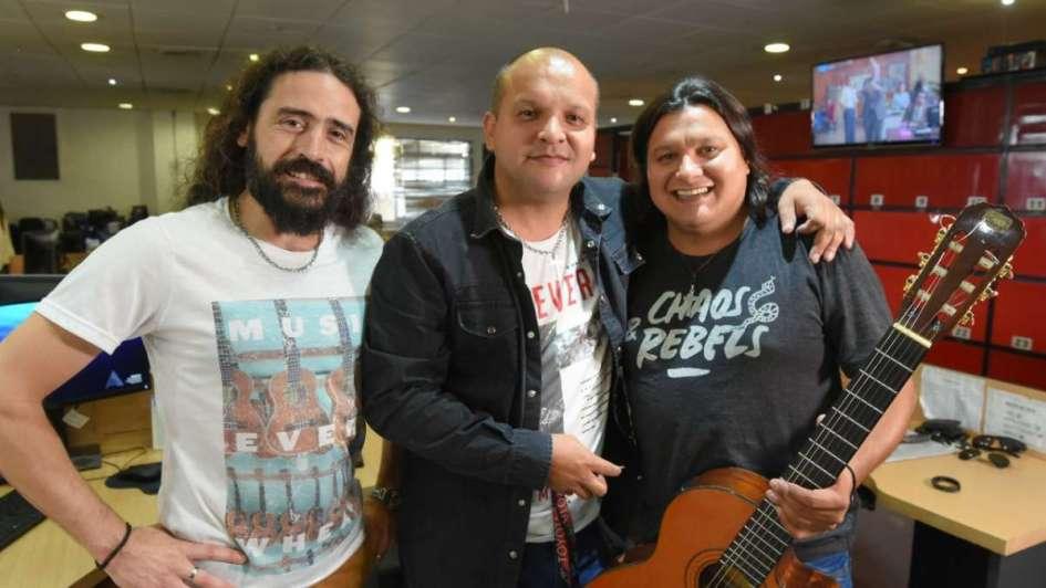 #VivoLA: Los Chimeno tocaron en la redacción de Los Andes
