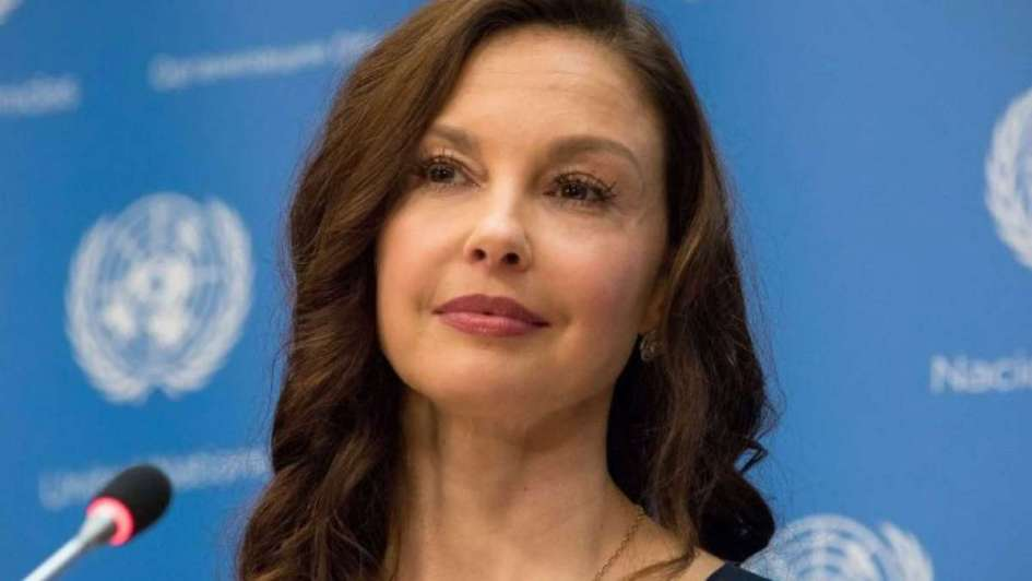 Ashley Judd demanda a Harvey Weinstein por hundir su carrera