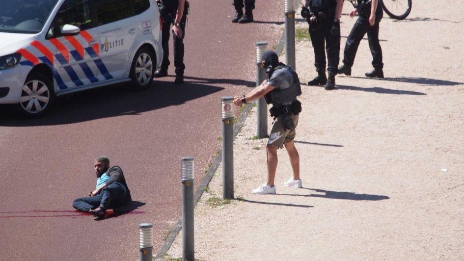 Tres personas fueron apuñaladas en el centro de La Haya
