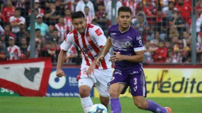San Martín de Tucumán recibe a Villa Dálmine en uno de los tres encuentros de hoy.