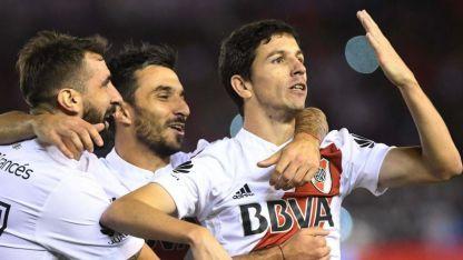Nacho Fernández festeja el segundo gol de River.