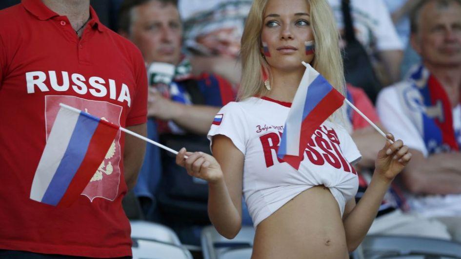 Escándalo: la AFA aconseja cómo tener chances con una chica rusa durante el Mundial