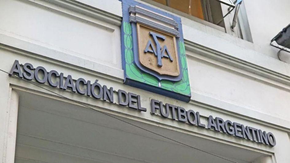 La insólita disculpa de la AFA del papelón por el 'curso de ruso'