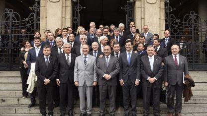 Gobernadores participaron hoy del plenario de Zicosur en Tucumán.