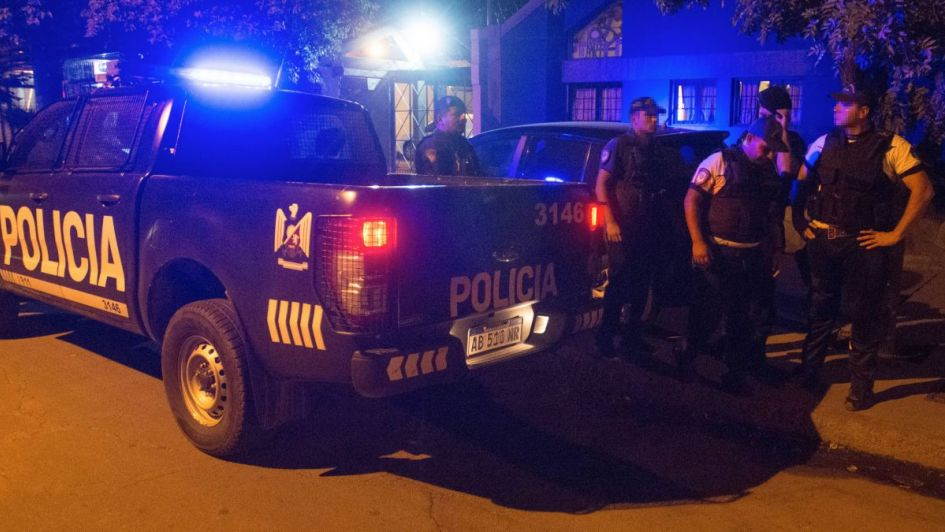 Ataron a una mujer en su casa de Maipú y le robaron un auto, dinero y hasta un pavo real