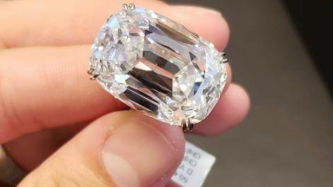 Compraron un diamante blanco de 50 quilates por 6,5 millones de dólares