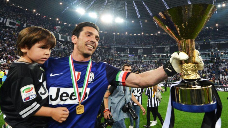 Buffon anunció su salida de Juventus tras 17 años gloriosos