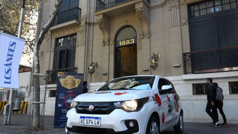 Los Andes está de festejo y regala otro auto: vení a conocerlo en la puerta del diario