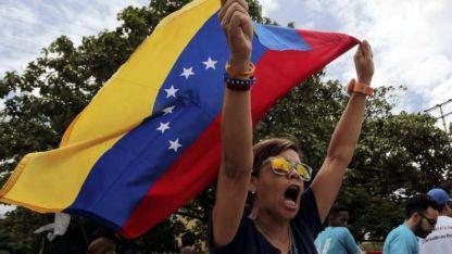 Los votos de Maduro no llegaron a un tercio de los empadronados.