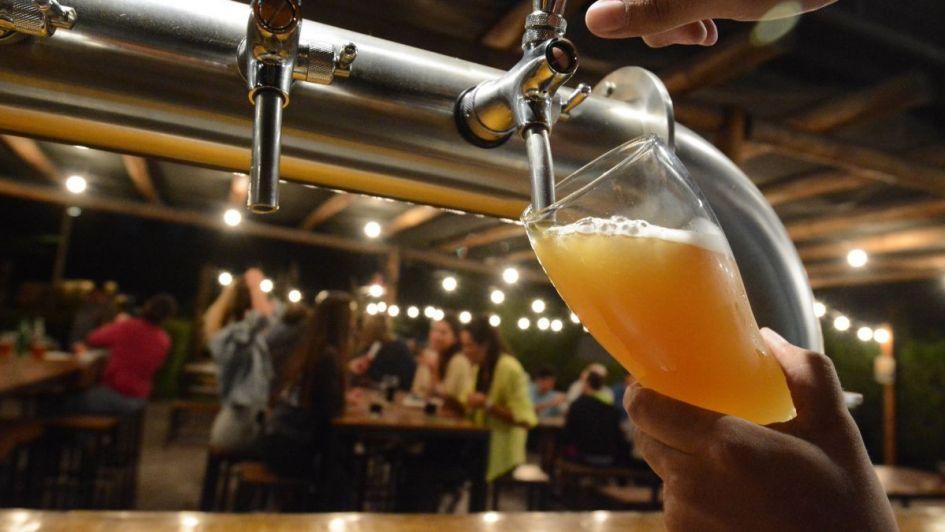 San Patricio copa los bares de Mendoza