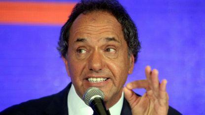 Scioli está acusado de los delitos de negociación incompatible con el ejercicio de la función pública.