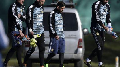Armani tiene grandes chances para ser titular en el debut mundialista ante Islandia.