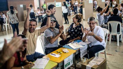 Las elecciones fueron las más pacíficas y una de las más participativas de la historia en un país donde el voto no es obligatorio.