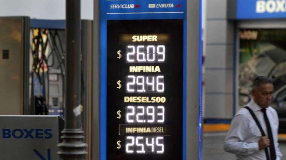 País: Desde este sábado aumentarán los combustibles hasta un 5%