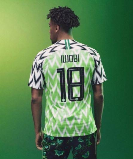 Playera de Nigeria causa furor en su lanzamiento