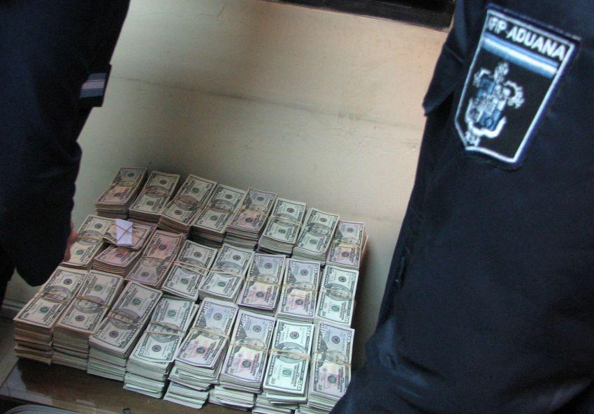 Prescribió la causa por la valija con 800.000 dólares de Antonini Wilson