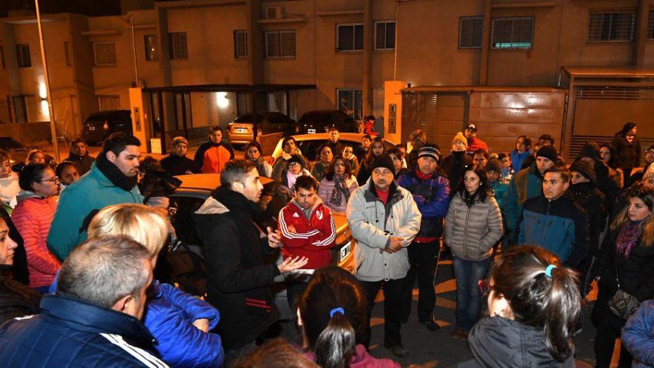 Habitantes y adjudicatarios del Procrear de Maipú se reunieron para acelerar la entrega