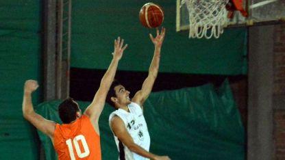 Ignacio Chimeno, jugador de Banco Mendoza A, fue determinante al convertir con 30 puntos.