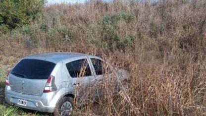 El Renault Sandero que utilizaron los ladrones.