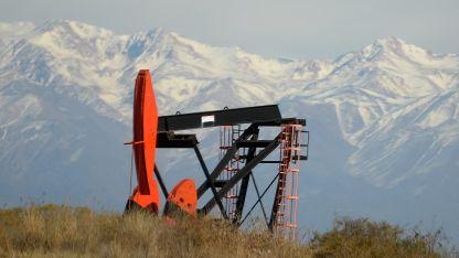Lindero es un yacimiento con petróleo pesado.