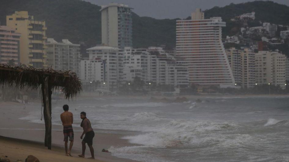 Continuarán las tormentas intensas en Colima y Jalisco por paso de