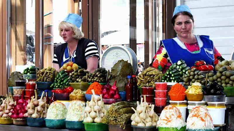 Qué productos mendocinos se pueden encontrar en Rusia y cuánto cuesta comer y viajar