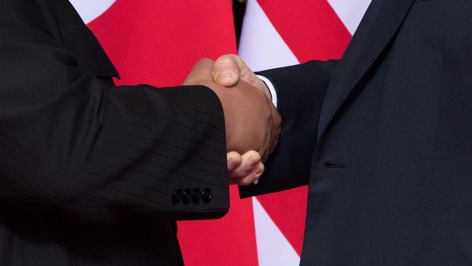 Kim promete desarme nuclear y Trump proteger a Norcorea
