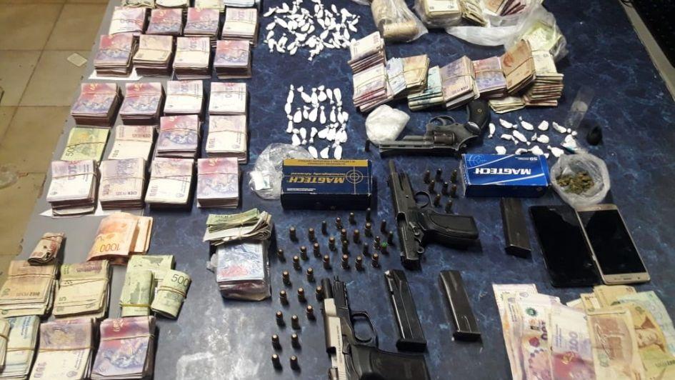 Secuestraron más de 500 dosis de cocaína y $ 15.000 tras un allanamiento en Godoy Cruz