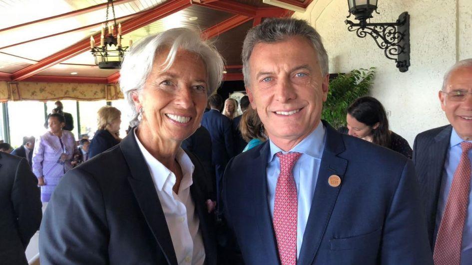 Lagarde lanzó un comunicado: