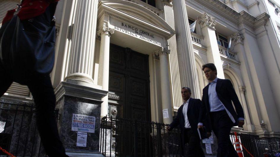 El Banco Central suma confusión - Por Rodolfo  Cavagnaro