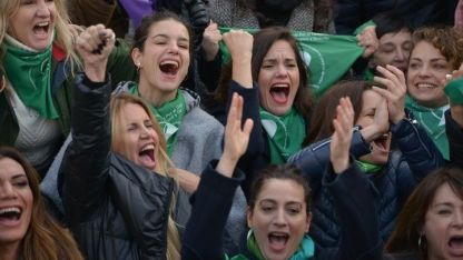 La euforia de los famosos por la media sanción del aborto legal
