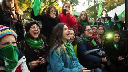 La movilización de los grupos promotores del aborto legal ha sido clave en el cambio de ánimo.