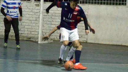 Los pibes del Club Mendoza de Regatas B, pisaron fuerte en el COP y ganaron 4-3.
