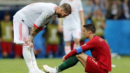 Sergio Ramos, de España, y Cristiano Ronaldo, Portugal, van en busca de un triunfo que los acomode en la grupo.