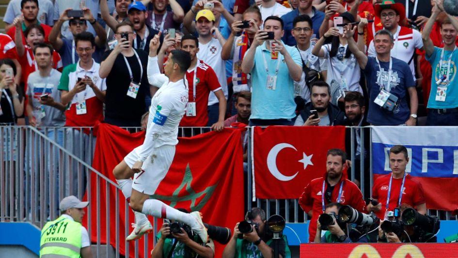 ¡Fenomenal! Letal cabezazo de Ronaldo pone contra las cuerdas a Marruecos