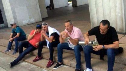 """La imagen que tomó el """"Bocha"""" Batista dio vuelta al mundo y aunque luego borró el tuit, ya era viral."""