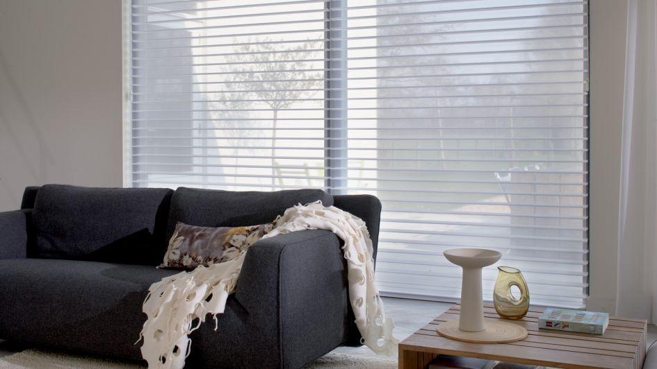 Vestir y proteger espacios con cortinas