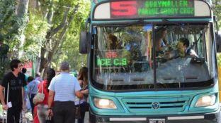 El gremio de los choferes en Mendoza se suma al paro nacional de la CGT.